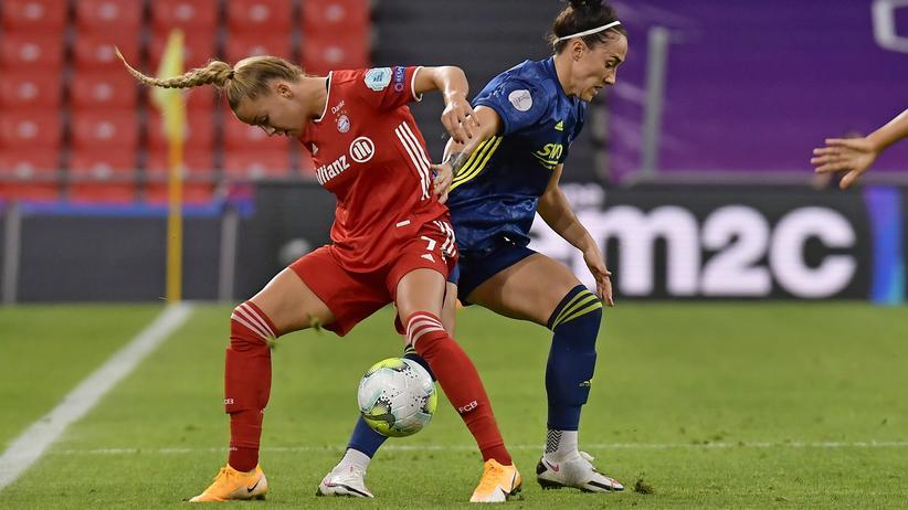Frauenfußball Halbfinale
