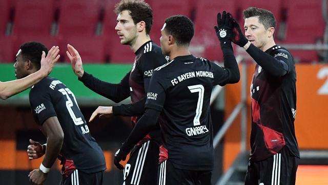 Fußball: Überall Spannung, nur in der Bundesliga nicht
