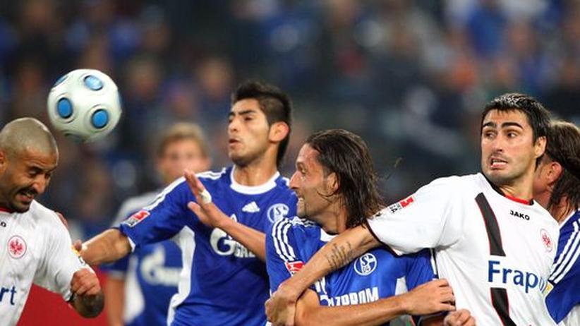 Bundesliga: Schalkes Geduld wird gegen Frankfurt belohnt
