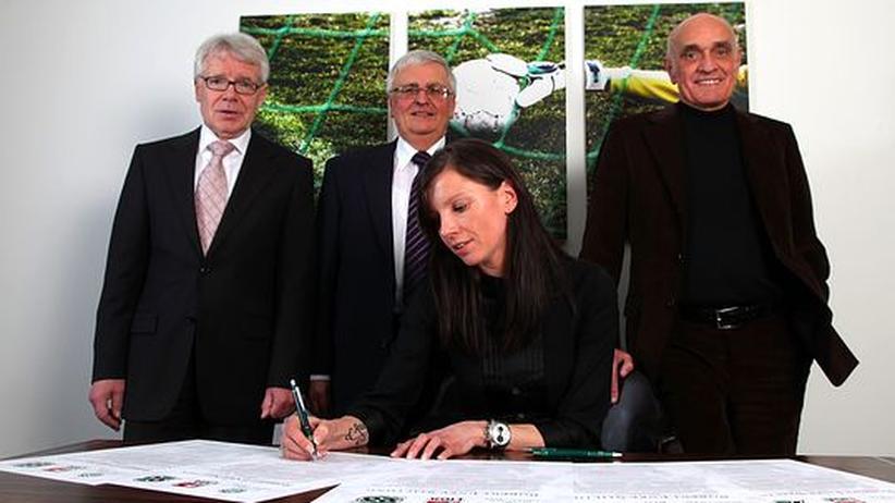 Engagement gegen Depressionen: Teresa Enke übernimmt Stiftungsvorsitz