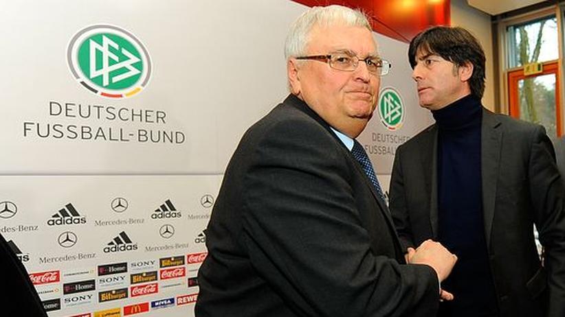 Vorläufiger Frieden: DFB-Präsident Theo Zwanziger und Bundestrainer Joachim Löw