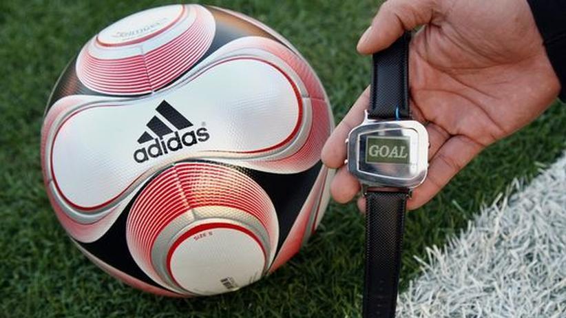 Pro Technik: Der Fußball bleibt analog