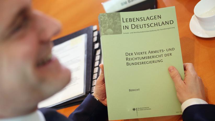 """Wissenschaft und Politik: """"Politiker können mit Gutachten machen, was sie wollen"""""""