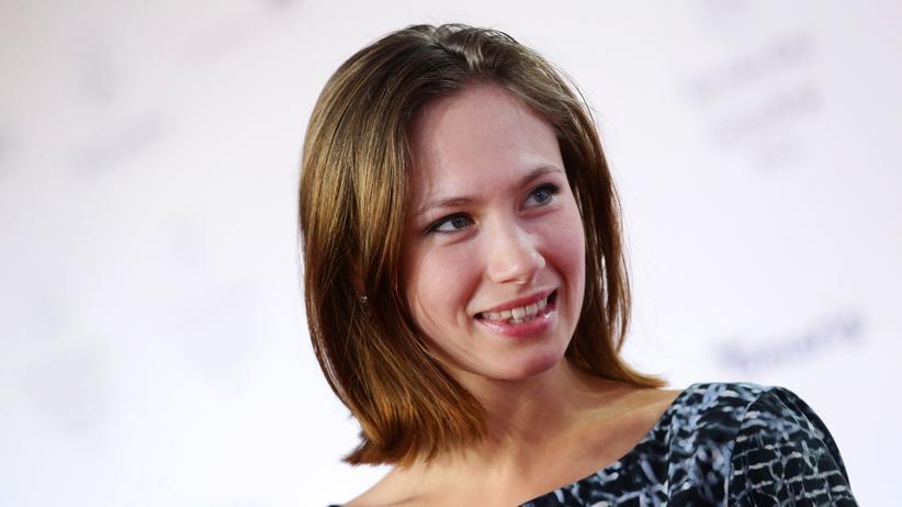 """In der Mensa mit Alina Levshin: """"Ich fand mich echt gut und sie lehnten mich ab"""""""