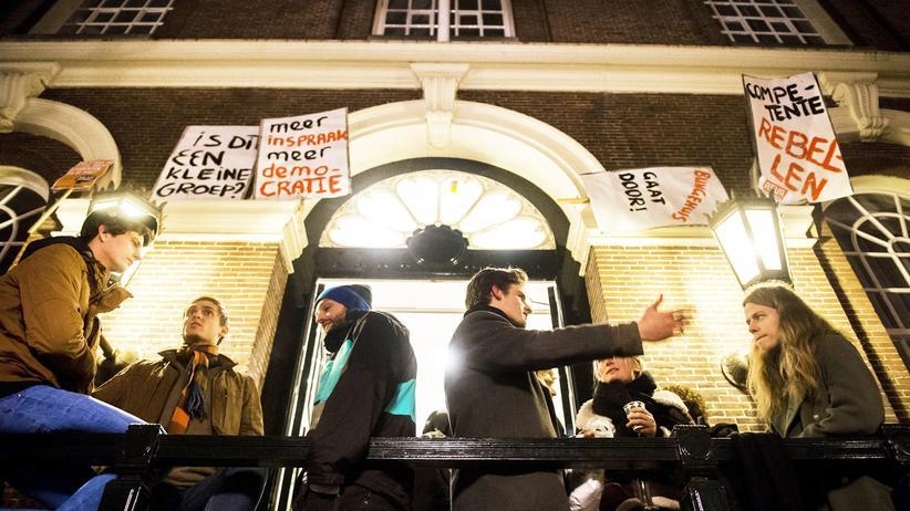 Studium, Uni Amsterdam, Universität, Amsterdam, Student, Protest, Niederlande, Den Haag, Utrecht