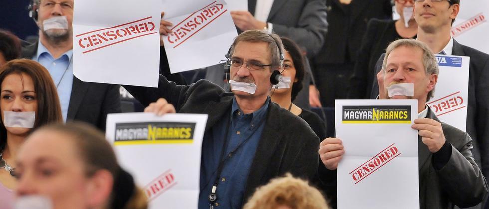 Beat the Prof: Wer kontrolliert die Medien?