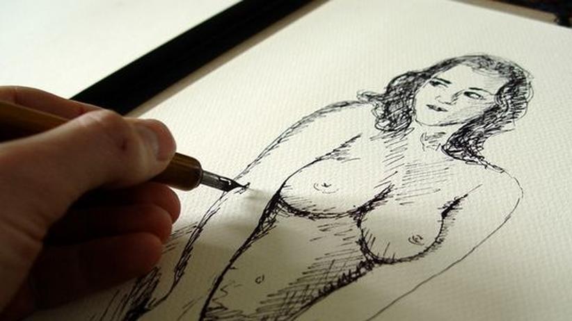 Zeichenunterricht an der Hochschule: Zeichenlehre an der Uni ist selten. Die Professorin Tesmar betrachtet ihren Unterricht als »ganzheitliche Bildung im Humboldtschen Sinne«