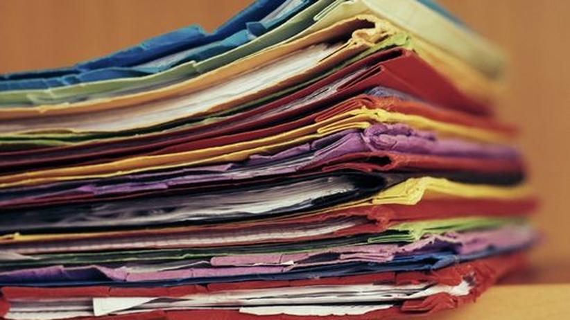 Klausuren Papierstapel