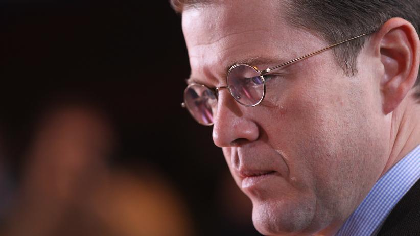 Dissertation: Guttenbergs Verzicht schützt vor Strafe nicht