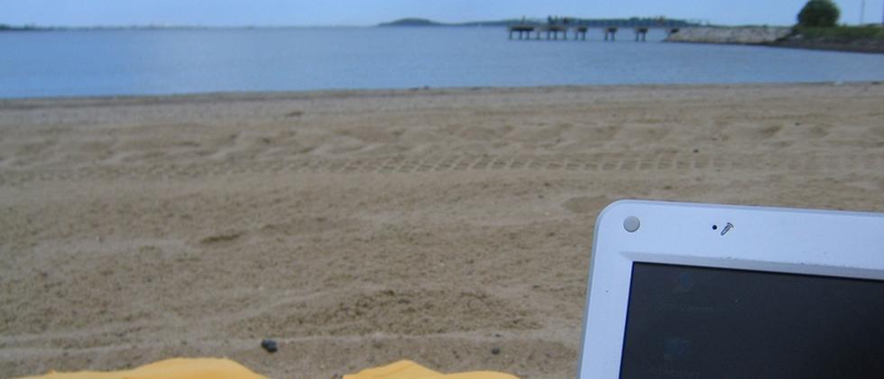 Laptop Strand