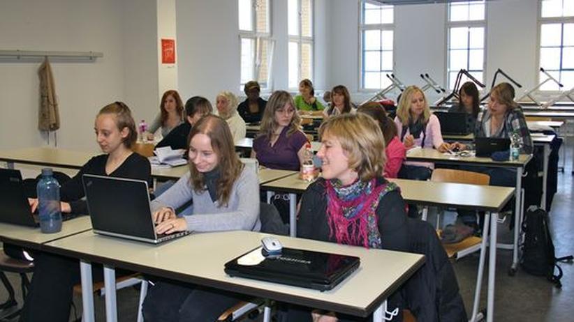 """Die Studentinnen im Fach """"Informatik und Wirtschaft"""" an der HTW Berlin"""