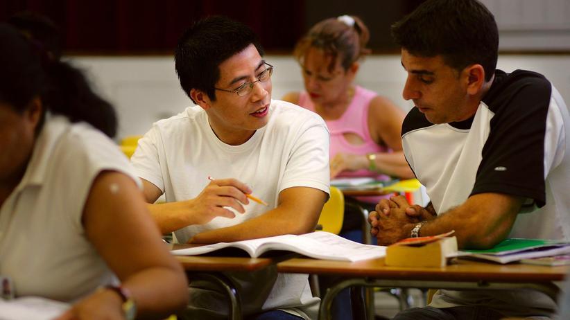 """Illegale Einwanderer : """"Diese jungen Menschen haben ein Recht auf Bildung"""""""