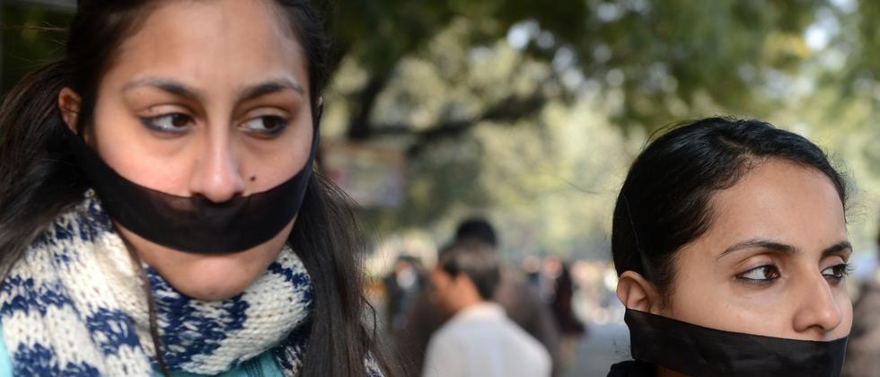 Syrien: Die Frauen fürchten sich vor den Vergewaltigungen | ZEIT ...