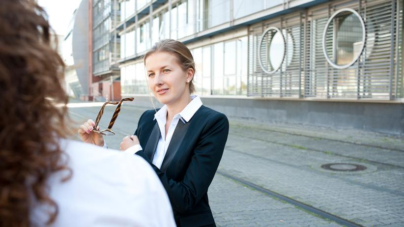 Wer in Unternehmen promoviert, kämpft oft mit einer Doppelbelastung ...