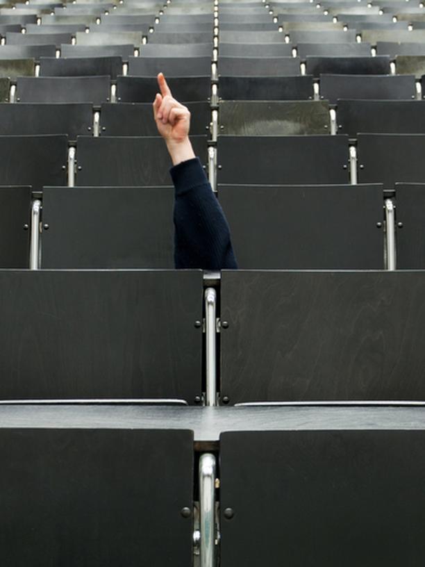 Bachelor: Studium, Bachelor, Bachelor, Wissenschaft, Arbeitsmarkt, Bologna-Prozess, Bologna-Reform, Bürokratie, Forschung, Johanna Wanka, Master, Ministerium, Mobilität, Praktikum, Protest, Reform, Studie, Studiengang, Umfrage, Bologna