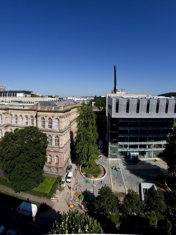 Das Hauptgebäude und Studierendencenter der RWTH Aachen