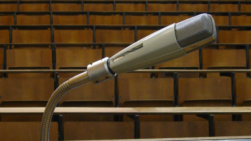 Intellektualismus: Professoren waren in Debatten überrepräsentiert