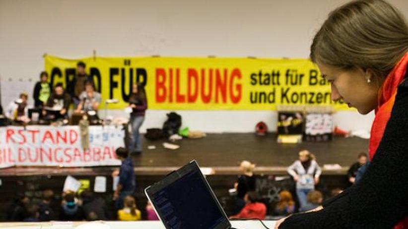Studenten in Österreich: Die Studenten halten Hörsäle an mehreren Hochschulen des Landes besetzt