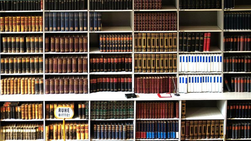 Moderne Bibliothek Sitzen Spielen Reden Lesen Zeit Online