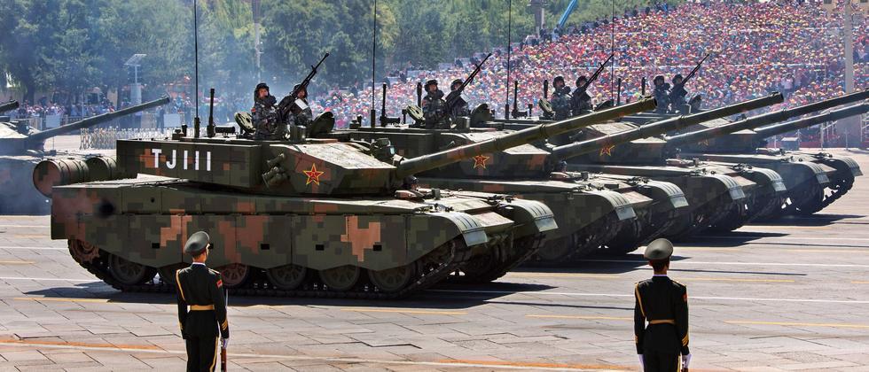 Auswanderer: Und plötzlich rollen Panzer vor der Haustür
