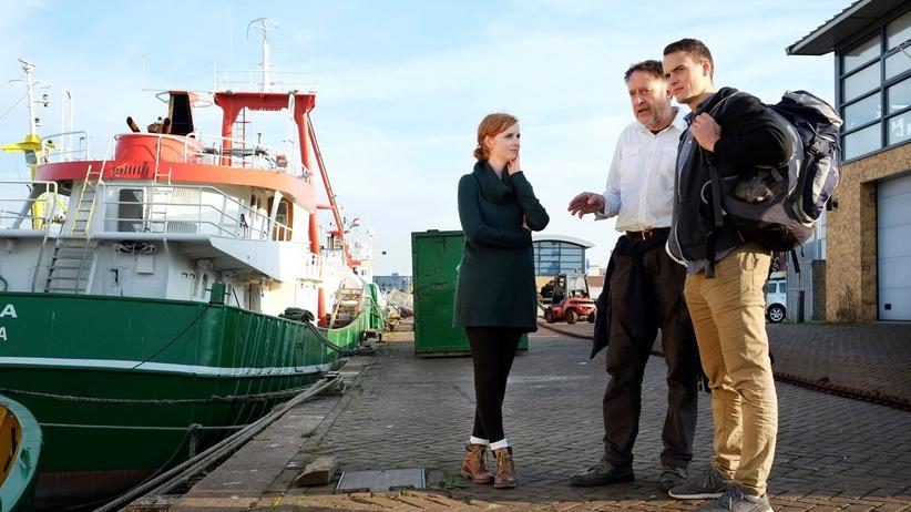Jugend Rettet: Jakob Schoen bei einer Schiffsbegehung
