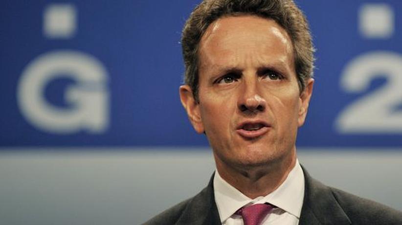 G-20-Gipfel: Der amerikanische Finanzminister Timothy Geithner auf dem G-20-Gipfel in London. Die Delegierten einigten sich auf einen Kompromiss: Die Boni der Banker sollen nicht gekürzt, aber zeitlich verzögert gezahlt werden
