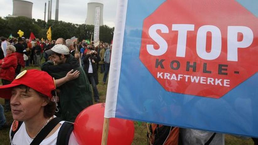 Kohlekraft: Lobbying für´s Klima: Kohlekraftgegner wie hier in Hanau sind inzwischen professionell organisiert.