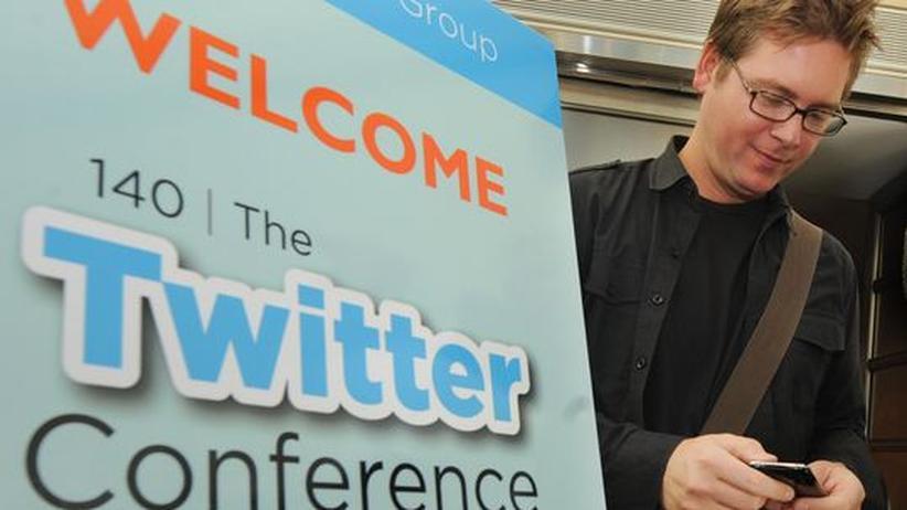 """Isaac Stone : """"Dienste wie Twitter sind ein Triumph der Menschheit"""""""