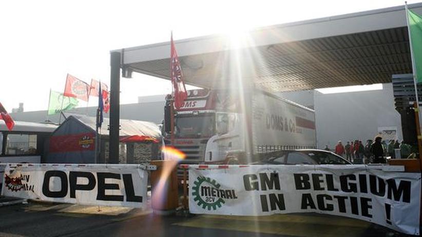 Sanierung: Das Antwerpener Opel-Werk: Es soll an einen privaten Investor verkauft werden, um es vor der Schließung zu bewahren