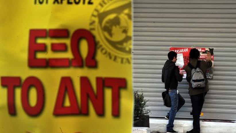 Griechenland: Straßenszene in Athen: Das Land liegt am Boden, Europa muss helfen