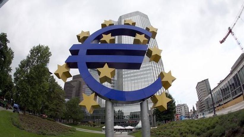 Die Europäische Zentralbank hat sich in der Euro-Krise bereit erklärt, Staatsanleihen hochverschuldeter Mitgliedsländer aufzukaufen