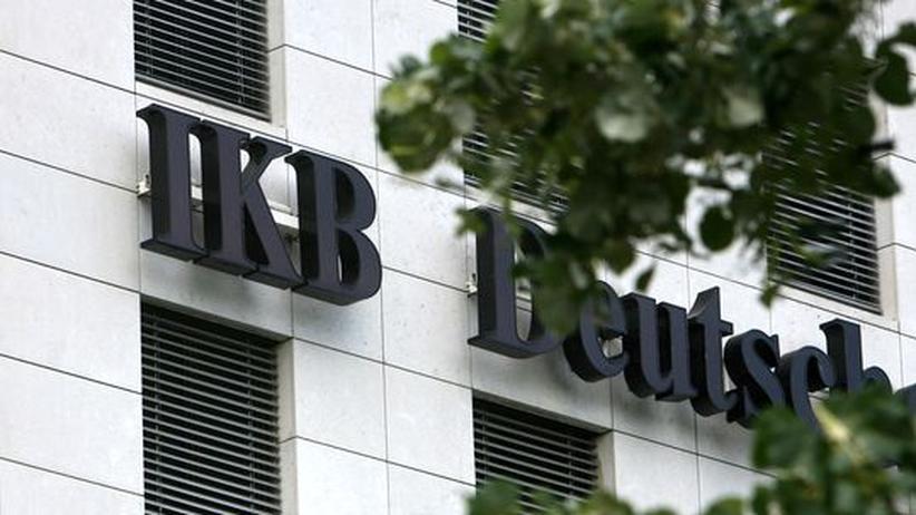 Banken: IKB rutscht tiefer in die roten Zahlen