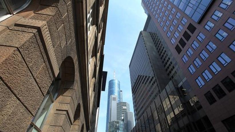 Millionengehälter: Bankern droht Gehaltskürzung per Gesetz