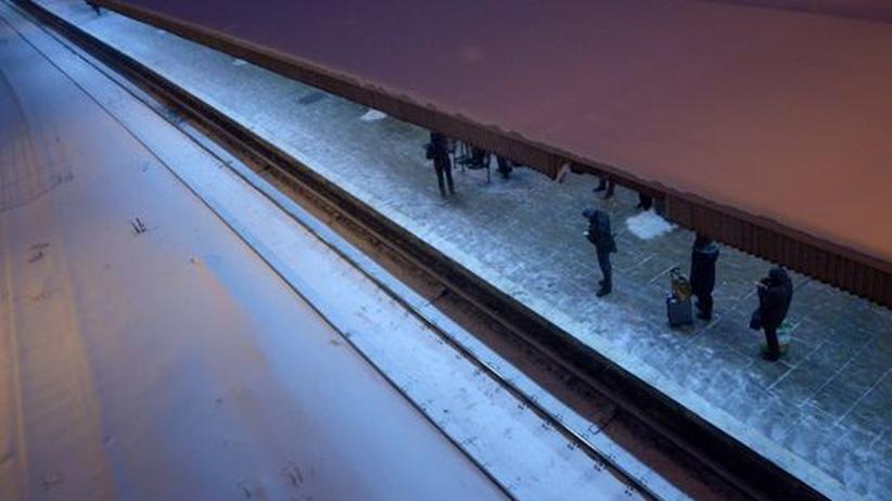 Verkehrschaos: Bahnsteig in Berlin