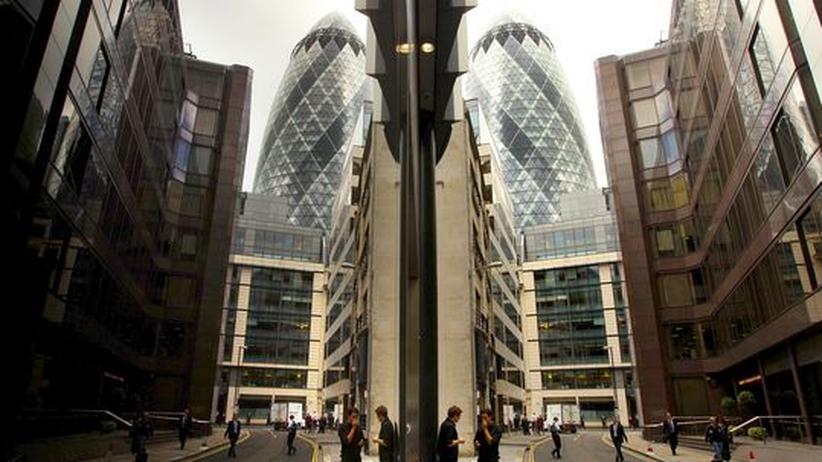 Finanzmarkt: Europa steht mit 4,6 Billionen Euro für Banken gerade