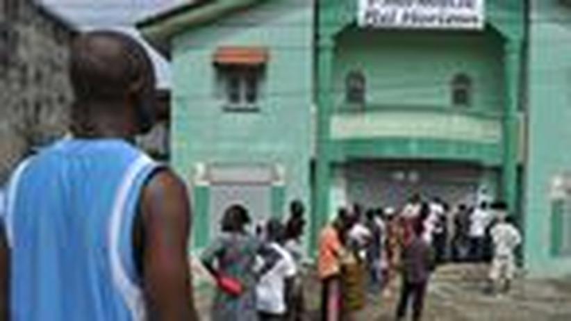 Entwicklungshilfe: Wachstum braucht Frieden