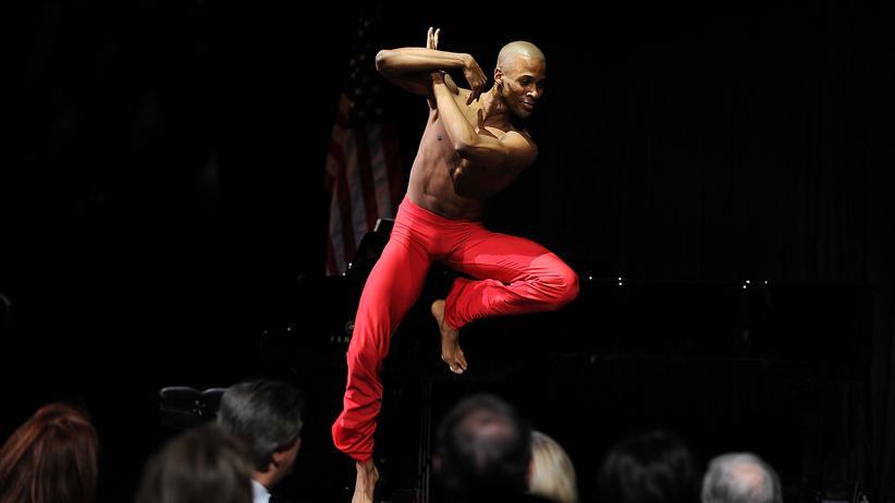 Alvin Ailey Kompanie: Wie ein Tanzensemble fliegen lernte