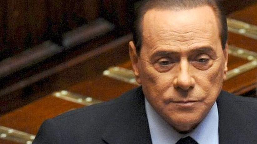 Schuldenkrise: Italiens Regierung beschließt weiteres Sparpaket