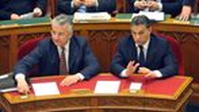 Ungarns Defizit: Budapester Ramschware