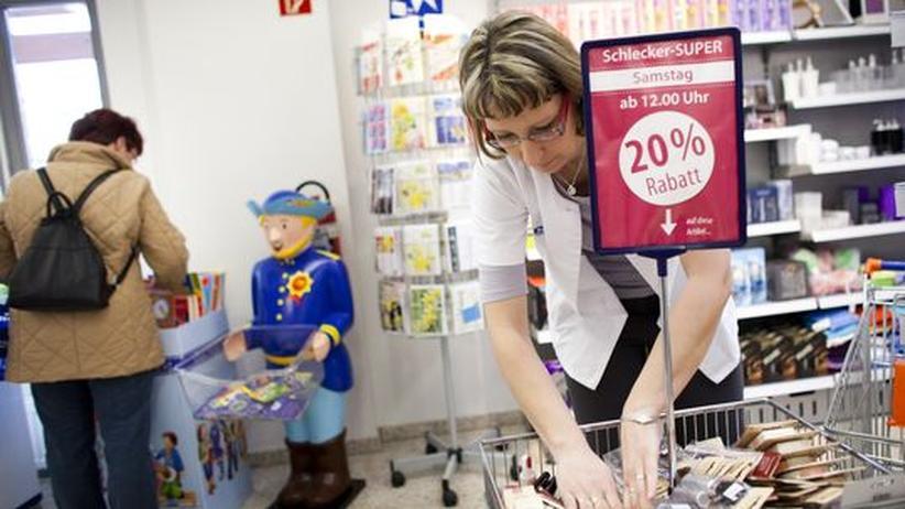 Auffanggesellschaft: Schlecker-Mitarbeiter sollen 80 Prozent vom letzten Gehalt erhalten
