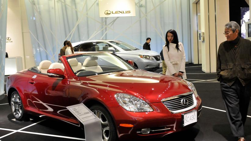 Verbraucherschutz: Wie Autohändler die Kunden um den Finger wickeln