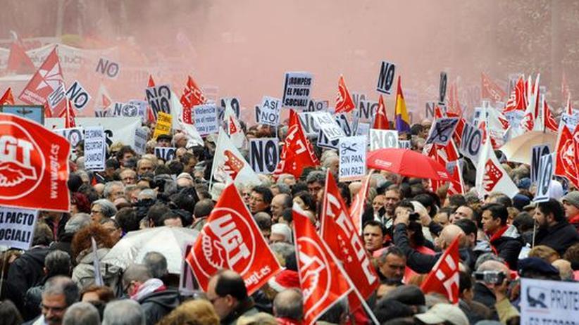"""Spanien: """"Wir sind pleite, Merkel wird uns retten"""""""