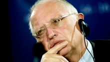 Günther Verheugen im Jahr 2009. Damals war er noch Vizepräsident der EU-Kommission.