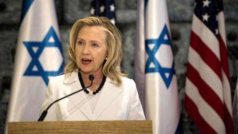 Atomstreit: Clinton will mit allen Mitteln gegen iranische Bombe vorgehen