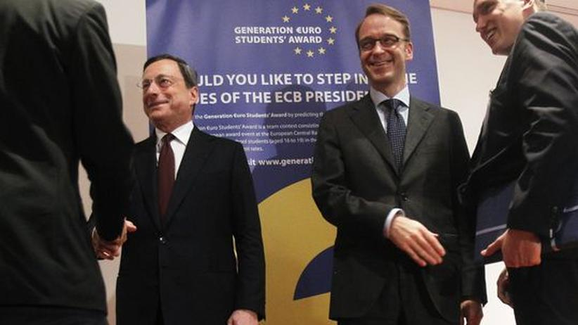 EZB-Chef Mario Draghi (l.) und Jens Weidmann, Präsident der Bundesbank, bei einem gemeinsamen Termin in Frankfurt