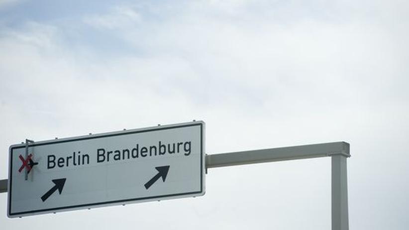 Berliner Flughafen: BER-Eröffnung womöglich erst 2014