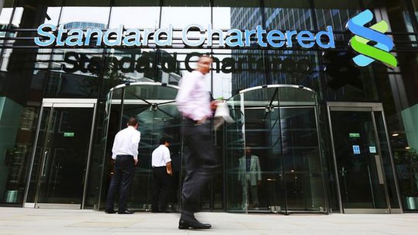 Standard Chartered: Londoner Bankenwelt wehrt sich gegen Angriff aus den USA