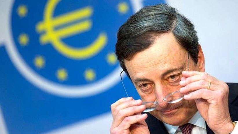 Geldpolitik: EZB belässt Leitzins auf Rekordtief