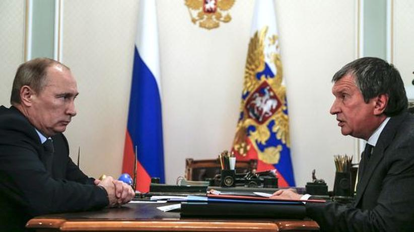 Rosneft: Ein Putin-Buddy wird Chef des weltgrößten Ölgiganten
