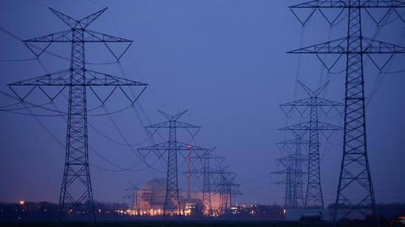 Energiewende: Stromleitungen nahe AKW Unterweser